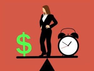 שעון וסימן של כסף